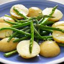 Dilled potatoes and asparagus