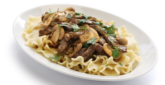 Dinner tonight ground beef stroganoff the family for Hamburger dinner ideas for tonight