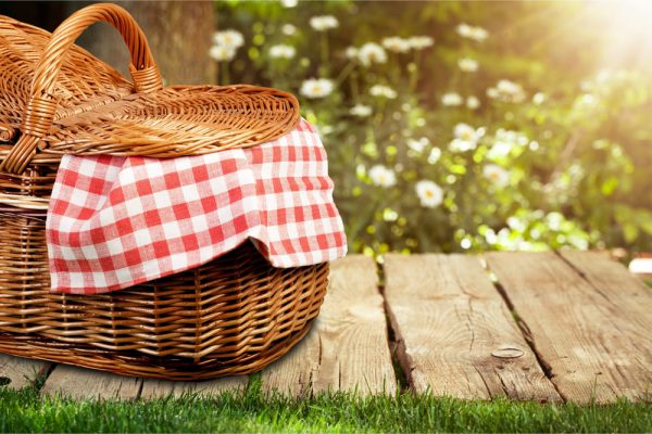 How to Pack a Healthier Picnic